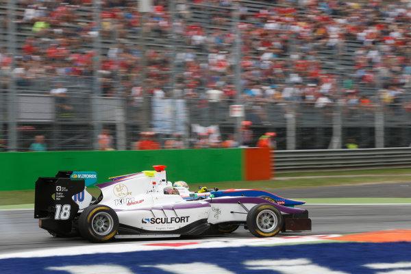 2013 GP3 Series. Round 7.  Autodromo di Monza, Monza, Italy. 8th September.  Sunday Race. Adderly Fong (CHN, Status Grand Prix) and Samin Gomez (VEN, Jenzer Motorsport) World Copyright: Andrew Ferraro/GP3 Media Service. ref: Digital Image _79P2751.JPG