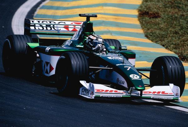 2000 Brazilian Grand Prix.Interlagos, Sao Paulo, Brazil. 24-26 March 2000.Eddie Irvine (Jaguar R1).Ref-2K BRA 97.World Copyright - Charles Coates/LAT Photographic