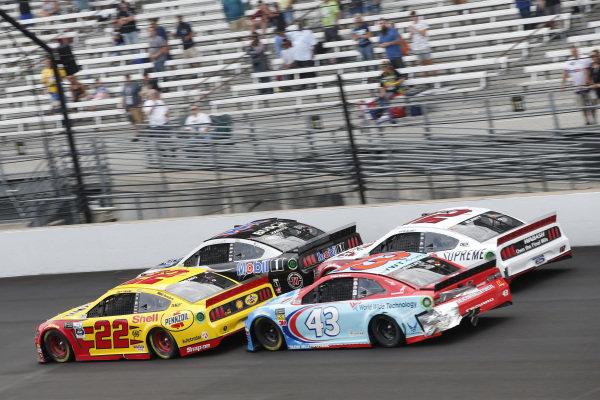 #22: Joey Logano, Team Penske, Ford Mustang Shell Pennzoil #43: Darrell Wallace Jr., Richard Petty Motorsports, Chevrolet Camaro World Wide Technology