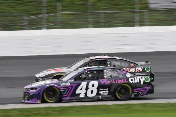 #48: Alex Bowman, Hendrick Motorsports, Chevrolet Camaro Ally, #41: Cole Custer, Stewart-Haas Racing, Ford Mustang HaasTooling.com