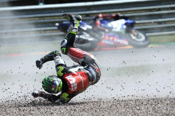 Cal Crutchlow crash.