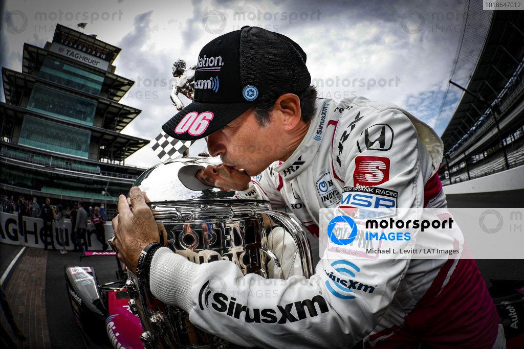 Winner #06: Helio Castroneves, Meyer Shank Racing Honda