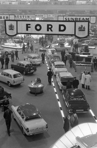 Ford stand