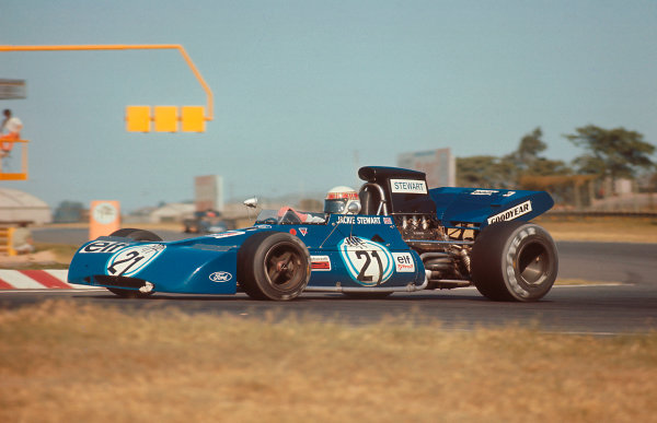 1972 Argentinian Grand Prix.Buenos Aires, Argentina. 21-23 January 1972.Jackie Stewart (Tyrrell 003 Ford) 1st position. Ref-72 ARG 83.World Copyright - LAT Photographic