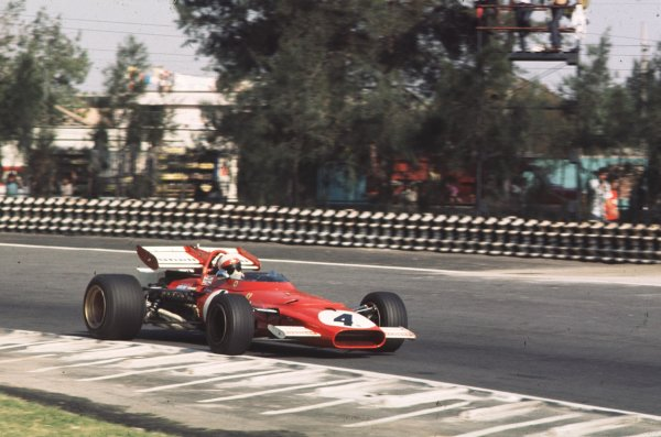 1970 Mexican Grand Prix.Mexico City, Mexico.23-25 October 1970.Clay Regazzoni (Ferrari 312B) 2nd position.Ref-70 MEX 71.World Copyright - LAT Photographic