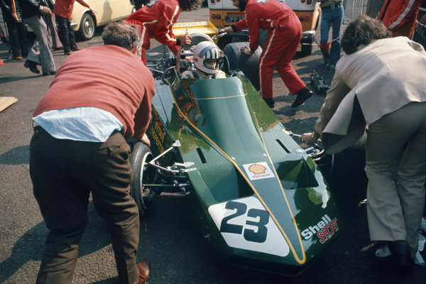 Silverstone, England. 7th April 1974. Tom Pryce, Token RJ02 Ford. Ref: 74IT05. World Copyright: LAT Photographic.
