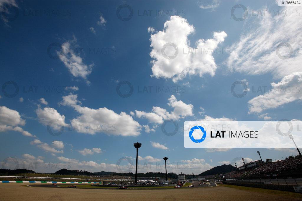 16-19 September, 2011, Twin Ring Motegi, JapanScott Dixon leads the warm up lap(c)2011, Michael L. LevittLAT Photo USA