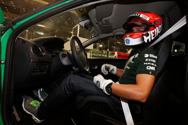 Yas Marina Circuit, Abu Dhabi, United Arab Emirates Saturday 3rd November 2012. Heikki Kovalainen, Caterham F1.  World Copyright:Charles Coates/  ref: Digital Image _N7T5022
