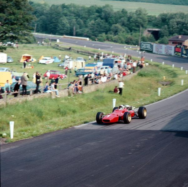 Spa-Francorchamps, Belgium.16-18 June 1967.Chris Amon (Ferrari 312) 3rd position.Ref-3/2954.World Copyright - LAT Photographic