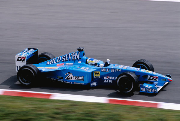 2000 Spanish Grand Prix.Catalunya, Barcelona, Spain. 5-7 May 2000.Giancarlo Fisichella (Benetton B200 Playlife) 7th position.Ref-2K ESP 73.World Copyright - Lorenzo Bellanca/LAT Photographic