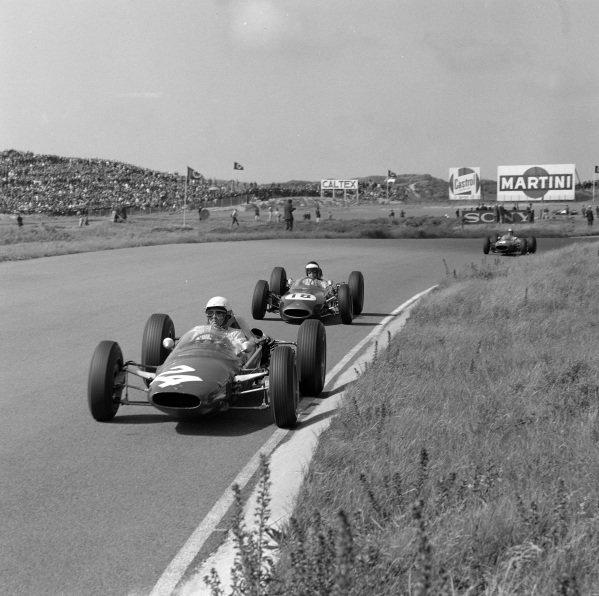 Phil Hill, A.T.S. 100, leads Dan Gurney, Brabham BT7 Climax.