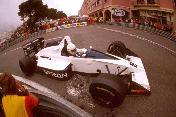 Monte Carlo, Monaco.4-7 May 1989.Stefano Modena (Brabham BT58 Judd) 3rd position at Rascasse.Ref-89 MON 36.World Copyright - LAT Photographic