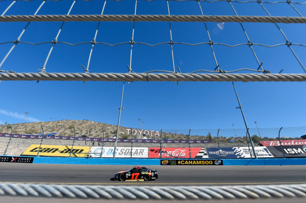Monster Energy NASCAR Cup Series Can-Am 500 Phoenix Raceway, Avondale, AZ USA Saturday 11 November 2017 Ricky Stenhouse Jr, Roush Fenway Racing, Robert Yates Tribute Ford Fusion World Copyright: Nigel Kinrade LAT Images