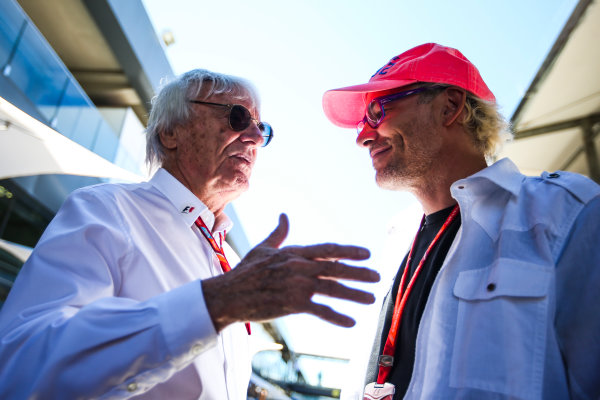 Interlagos, Sao Paulo, Brazil. Sunday 12 November 2017. Bernie Ecclestone, Chairman Emiritus of Formula 1, with former champion Jacques Villeneuve. World Copyright: Charles Coates/LAT Images  ref: Digital Image AN7T4029