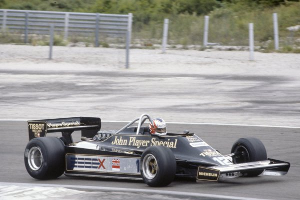 1981 French Grand Prix.Dijon-Prenois, France. 3-5 July 1981.Nigel Mansell (Lotus 87-Ford Cosworth), 7th position.World Copyright: LAT PhotographicRef: 35mm transparency 81FRA19
