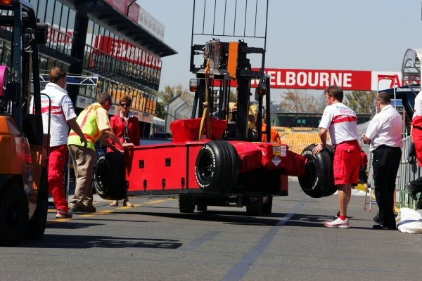 A Toyota TF107 is delivered.