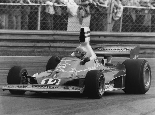 Monza, Italy. 7th September 1975. Niki Lauda (Ferrari 312T ), 3rd position, action. World Copyright: LAT Photographic. Ref: B/W Print.