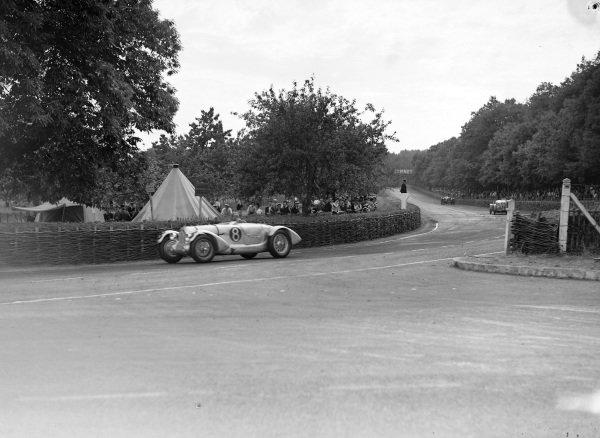 T. A. S. O. Mathieson / Freddie Clifford, Norbert Jean Mahé, Talbot T150C.