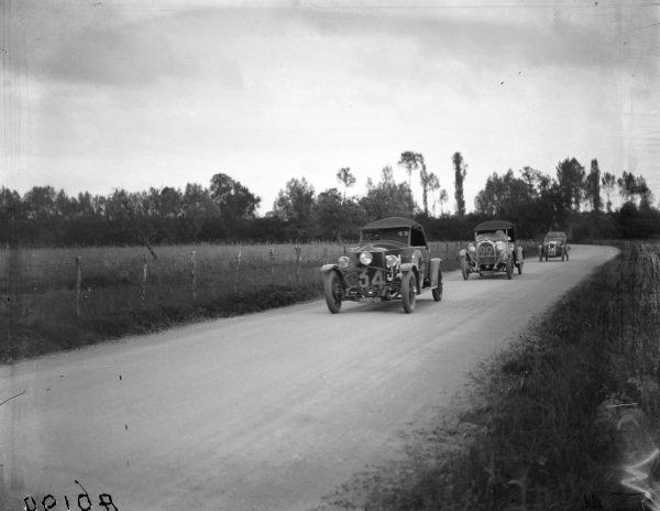 Louis Abit / C. Duverger, Automobiles Louis Ravel SA, Ravel Type C, leads Stremler / Paul Chalamel, Rolland Pilain C23 Super Sport.