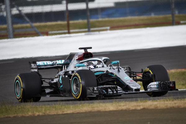 Lewis Hamilton, Mercedes W09