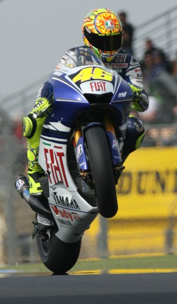 2008 MotoGP Championship.Le Mans, France. 15th - 18th May, 2008.Valentino Rossi wheelies his Fiat Yamaha during Free Practice 1.World Copyright: Martin Heath / LAT Photographic