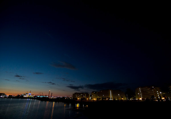Sochi Autodrom, Sochi, Russia. Thursday 9 October 2014. A scenic night view of Sochi. World Copyright: Charles Coates/LAT Photographic. ref: Digital Image _N7T2427