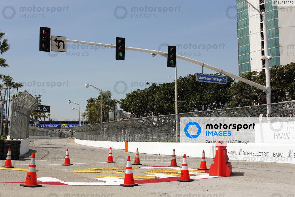 2014/2015 FIA Formula E Championship. Long Beach ePrix, Long Beach, California, United States of America. Friday 3 April 2015 View of the turn one chicane. Photo: Zak Mauger/LAT/Formula E ref: Digital Image _MG_5202