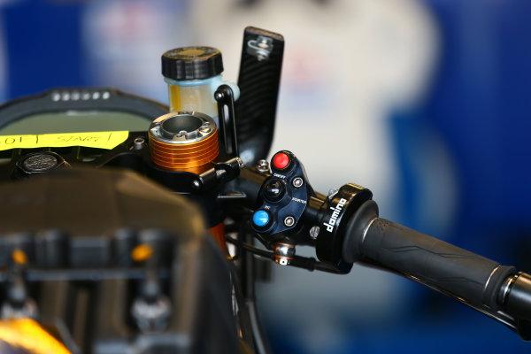 2017 Superbike World Championship - Round 6 Donington Park, UK. Thursday 25 May 2017 Pata Yamaha switch gear World Copyright: Gold and Goose Photography/LAT Images ref: Digital Image 672271