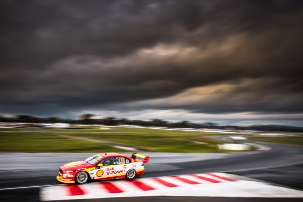 2017 Supercars Championship Round 5.  Winton SuperSprint, Winton Raceway, Victoria, Australia. Friday May 19th to Sunday May 21st 2017. Fabian Coulthard drives the #12 Shell V-Power Racing Team Ford Falcon FGX. World Copyright: Daniel Kalisz/LAT Images Ref: Digital Image 190517_VASCR5_DKIMG_3617.JPG