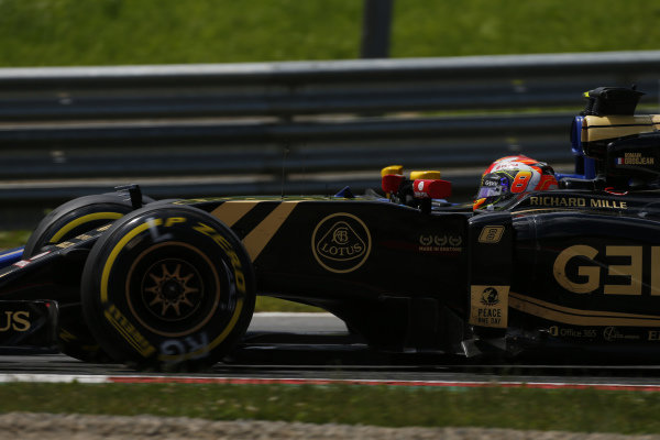Romain Grosjean (FRA) Lotus E23 Hybrid at Formula One World Championship, Rd8, Austrian Grand Prix, Race, Spielberg, Austria, Sunday 21 June 2015.