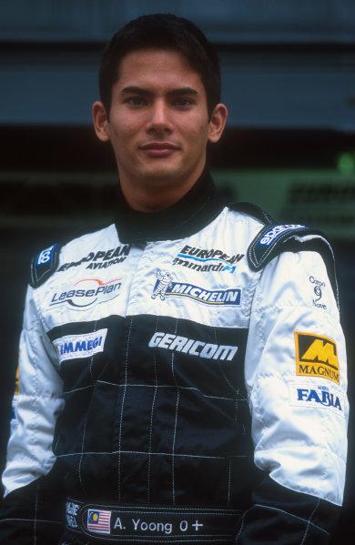 2001 Italian Grand Prix.Monza, Italy.14-16 September 2001.Alex Yoong (Minardi European). He spun off into the gravel after a very tough Grand Prix debut.Ref-01 ITA 15.World Copyright - LAT Photographic