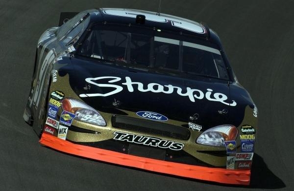 2004 Nextel Cup Champion Kurt Busch (USA), Sharpie Ford.NASCAR Nextel Cup, Rd36, Ford 400, Homestead, Florida, USA. 21 November 2004.DIGITAL IMAGE