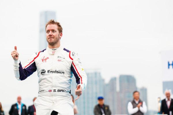 Race winner Sam Bird (GBR), Envision Virgin Racing approaches the podium