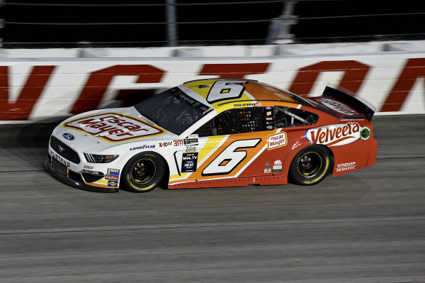#6: Ryan Newman, Roush Fenway Racing, Ford Mustang Oscar Mayer / Velveeta