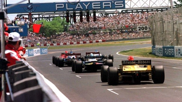 1997 Canadian Grand Prix.Montreal, Quebec, Canada.13-15 June 1997.The race is red flagged and the drivers stop on the grid after Olivier Panis crashed.World Copyright - LAT Photographic