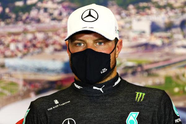 Race Winner Valtteri Bottas, Mercedes-AMG Petronas F1 in the press conference