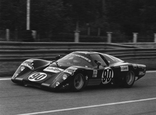 1981 Le Mans 24 Hours. Le Mans, France. 13th - 14th June 1981. Herve Regout / Michel Elkoubi / Bernard de Dryver / Paul Canary (McLaren M12 GT Chevrolet), DNQ, action. World Copyright: LAT Photographic. Ref: B/W Print.