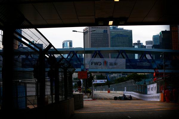 Suzuka Circuit, Japan. Sunday 09 October 2016. Adam Carroll (47, Panasonic Jaguar Racing) World Copyright: Zak Mauger/LAT Photographic ref: Digital Image _X0W1803
