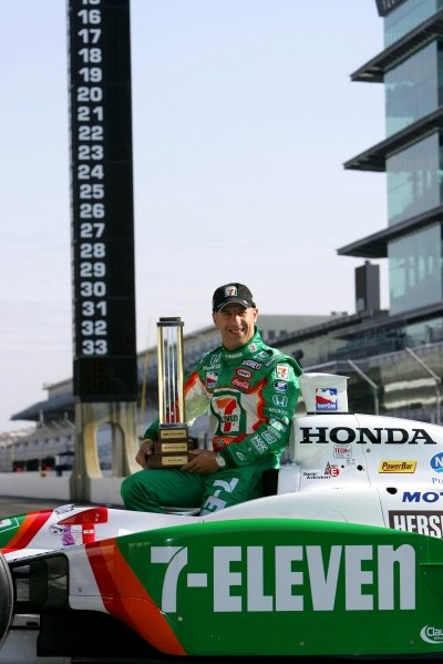 Tony Kanaan (BRA), Andretti Green Racing, won the pole for the 89th Indy 500.IRL IndyCar Series, Rd5, Indianapolis 500 MBNA Pole Day, Indianapolis Motor Speedway, Indianapolis, USA. 15 May 2005.DIGITAL IMAGE