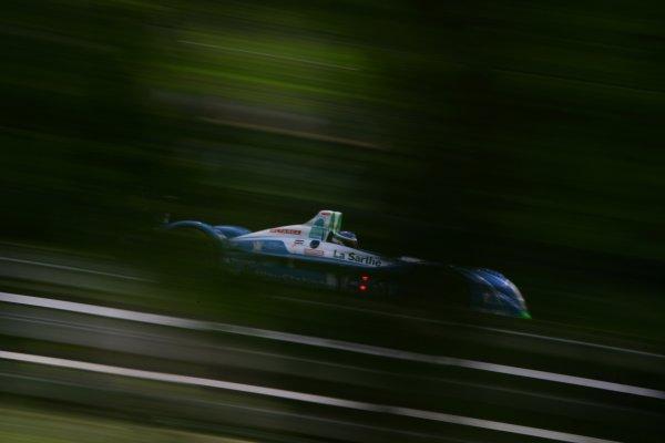 2007 Le Mans Test Day2nd and 3rd June 2007.Le Mans, France.Sunday Test DayEmmanuel Collard (FRA)/Jean-Christophe Boullion (FRA)/Romain Dumas (FRA) (no 16 Pescarolo Judd) action.World Copyright: Glenn Dunbar/LAT Photographic. ref: Digital Image YY8P5656