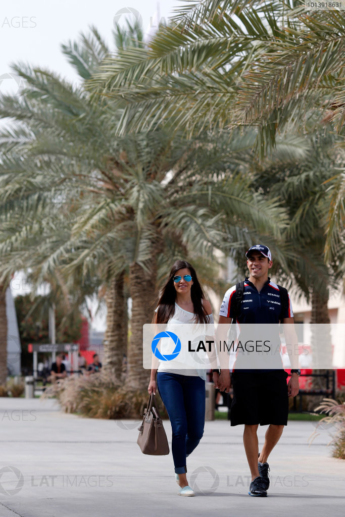 Bahrain International Circuit, Sakhir, Bahrain Friday 19th April 2013 Pastor Maldonado, Williams F1, with his wife Gabriela Tarkanyi. World Copyright: Steven Tee/LAT Photographic ref: Digital Image _14P7650