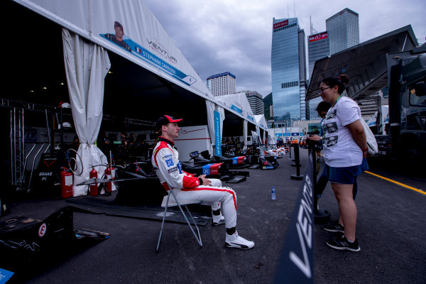 2016/2017 FIA Formula E Championship. Hong Kong ePrix, Hong Kong, China. Friday 7 October 2016. Maro Engel (GER), Venturi, Spark-Venturi, Venturi VM200-FE-02.  Photo: Zak Mauger/LAT/Formula E ref: Digital Image _X0W1242