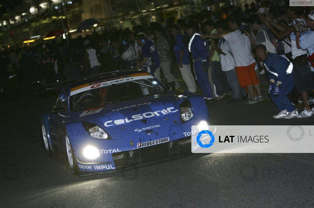 2006 Japanese Super GT ChampionshipSuzuka 1000km, Japan. 20th August 2006GT500 winners - Benoit Treluyer / Kazuki Hoshino / Jeremie Dufour (CALSONIC IMPUL Z) 1st position. Action.Photo: Yasushi Ishihara / LAT Photographicref: Digital Image 2006SGT_R6_006