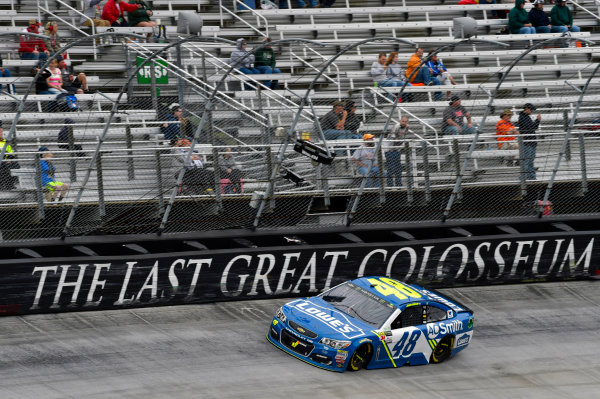 Monster Energy NASCAR Cup Series Food City 500 Bristol Motor Speedway, Bristol, TN USA Monday 24 April 2017 Jimmie Johnson World Copyright: Nigel Kinrade LAT Images ref: Digital Image 17BRI1nk08903