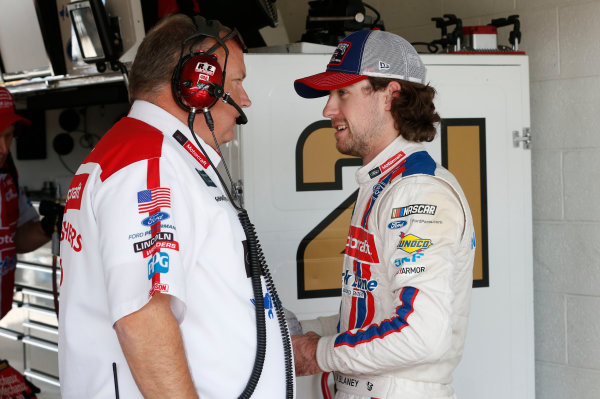 Monster Energy NASCAR Cup Series Ford EcoBoost 400 Homestead-Miami Speedway, Homestead, FL USA Friday 17 November 2017 Ryan Blaney, Wood Brothers Racing, Motorcraft/Quick Lane Tire & Auto Center Ford Fusion World Copyright: Matthew T. Thacker LAT Images