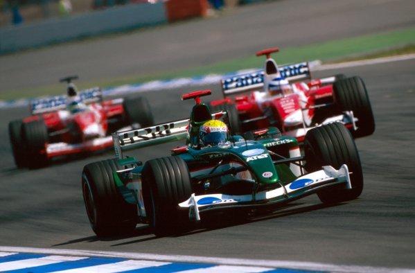 Mark Webber (AUS) Jaguar R4 went off on the last lap. German Grand Prix, Hockenheim, Germany, 3 August 2003. BEST IMAGE