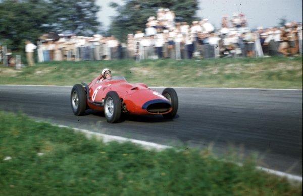 1957 Italian Grand Prix.Monza, Italy.6-8 September 1957.Jean Behra (Maserati 250F V12).Ref-57 ITA 06.World Copyright - LAT Photographic