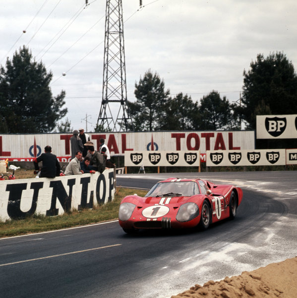 1967 Le Mans 24 hours.Le Mans, France.10-11 June 1967.Dan Gurney/AJ Foyt (Ford GT40 Mk4), 1st position.Ref-3/2911.World - LAT Photographic