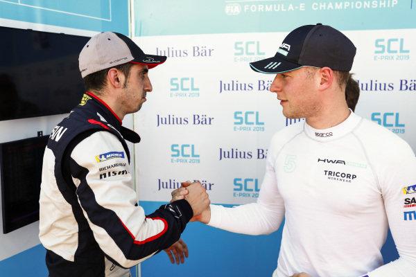 Stoffel Vandoorne (BEL), HWA Racelab, shakes hands with Sébastien Buemi (CHE), Nissan e.Dams