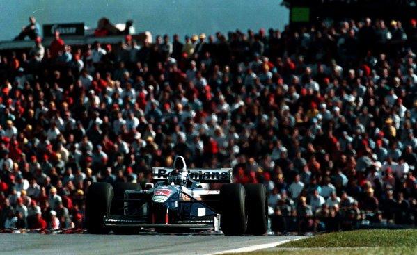 1997 Austrian Grand Prix.A1-Ring, Zeltweg, Austria.19-21 September 1997.Heinz-Harald Frentzen (Williams FW19 Renault) 3rd position.World Copyright - LAT Photographic